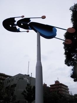 空の彫刻.JPG
