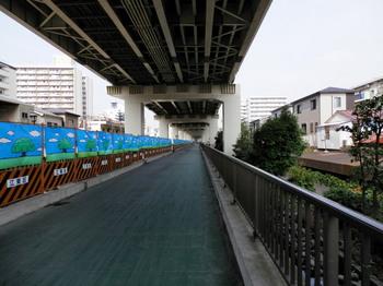 竪川河川敷公園.jpg