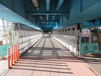 いつまでも仮橋.JPG
