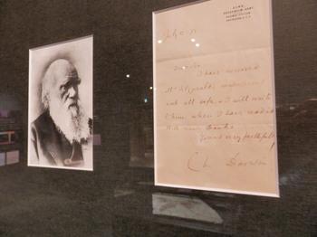 ダーウィンの直筆の手紙.jpg