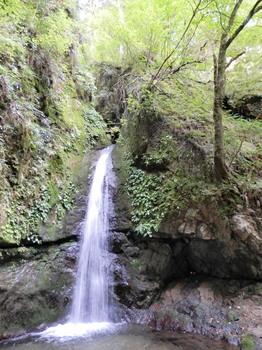 七代の滝.jpg