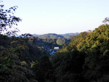 半僧坊から建長寺の全景.jpg