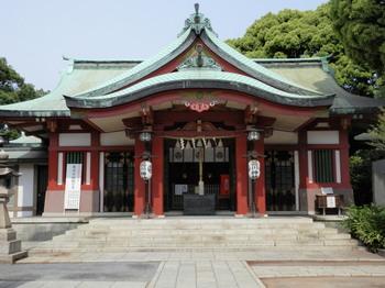 品川神社本殿.jpg