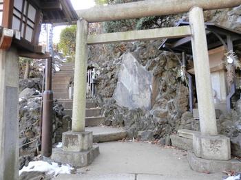 品川神社(富士塚).jpg