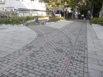 大島緑道公園(軌道)JPG.JPG