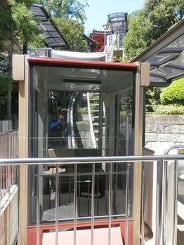 待乳山聖天モノレール.JPG