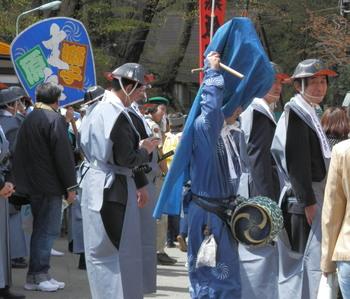 春季大祭稚児パレード2.jpg