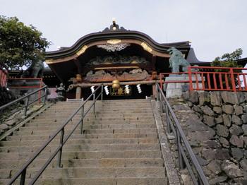 武蔵御岳神社(本殿).jpg