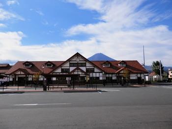 河口湖駅.jpg