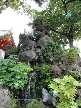 神田神社(石獅子).jpg
