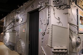 科学技術館(ビークルシアター).JPG