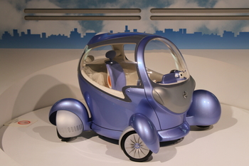 科学技術館(近未来の車).JPG