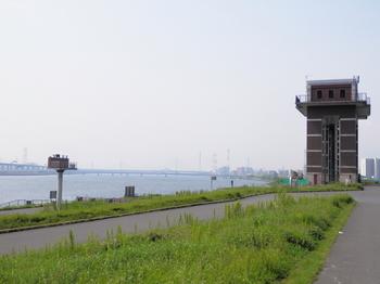 荒川ロックゲート.JPG