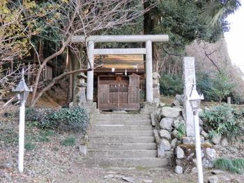 軍荼利神社.jpg