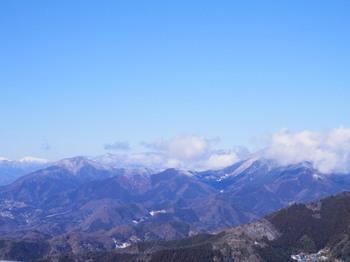 陣馬山頂上(南アルプス).jpg