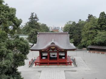 鶴岡八幡宮(若宮大路方面).jpg